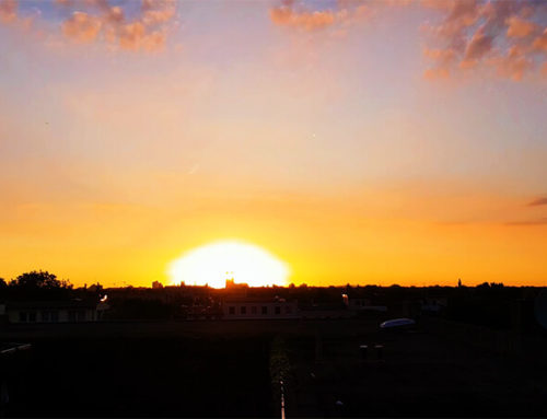 Sonnenaufgang über Magdeburg – 4h Timelapse in 2:30 Minuten